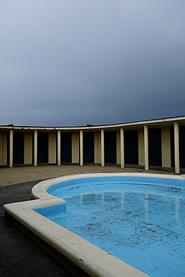Deserted pool - p1189m1218667 by Adnan Arnaout