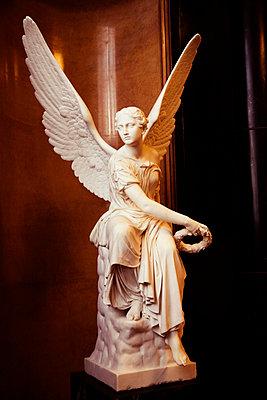 Alte Nationalgalerie Statue - p3300157 von Harald Braun