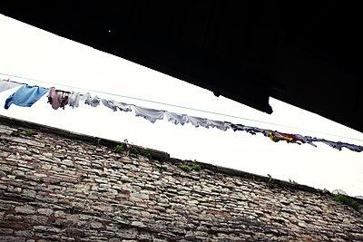Wäscheleine - p1301m2016047 von Delia Baum
