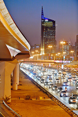 Dubai Internet City rush hour motorway traffic E11 - p1048m1512723 by Mark Wagner