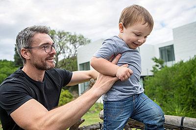 Vater und Sohn - p1156m1585775 von miep