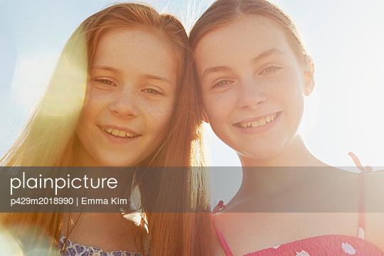 p429m2018990 von Emma Kim