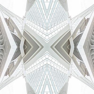 Abstract kaleidoscope pattern Liège-Guillemins station in Liège - p401m2207494 by Frank Baquet