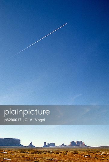 Monument Valley Skyline - p6290017 von C. A. Vogel