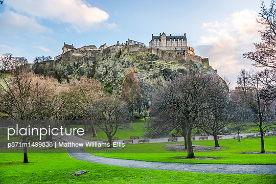 Edinburgh Castle, UNESCO World Heritage Site, seen from Princes Street Gardens, Edinburgh, Scotland, United Kingdom, Europe