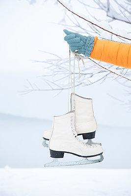 Let´s go ice skating! - p454m2076579 by Lubitz + Dorner