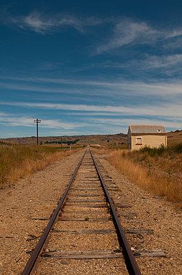 Alte Bahnstation in Otago - p470m1556405 von Ingrid Michel