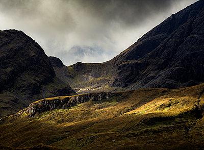 Landschaft auf der Insel Skye - p910m2210149 von Philippe Lesprit