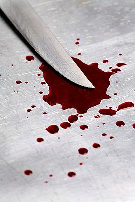 Knife and blood - p2380233 by Anja Bäcker