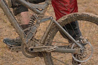 Muddy Mountain Bike - p3070931f by Masakazu Watanabe