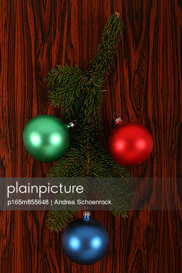 Christmas bauble - p165m855648 by Andrea Schoenrock