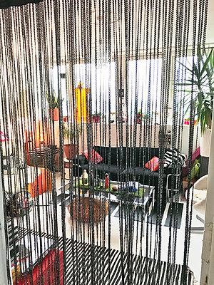 Suke's lounge in Poplar, Docklands, London - p1048m2016779 by Mark Wagner