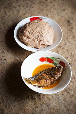 Africa, Uganda, African cuisine - p1167m2283478 by Maria Schiffer