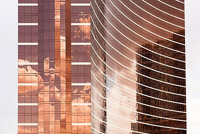 Hotels, Las Vegas - p1218m1196114 von Adam Burn