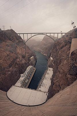 Hoover Dam or Mars base? - p1515m2101065 by Daniel K.B. Schmidt