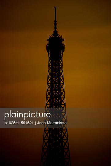 Eiffel Tower - p1028m1591621 by Jean Marmeisse