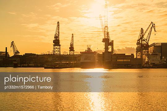 Blick auf den Westhafen und Munkkisaari - p1332m1572966 von Tamboly
