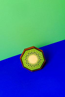 Kiwi - p451m2263530 by Anja Weber-Decker