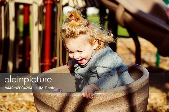 p442m2004264 von LJM Photo