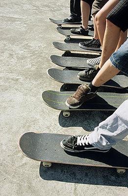 Skateboarding  - p0451199 by Jasmin Sander