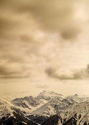 Clouds over Ortler mountain range  - p552m2219777 by Leander Hopf