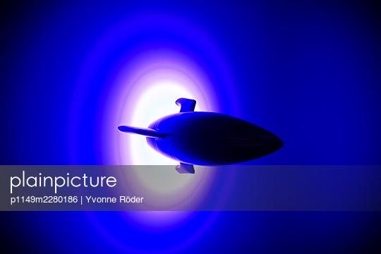 Spaceship miniature - p1149m2280186 by Yvonne Röder