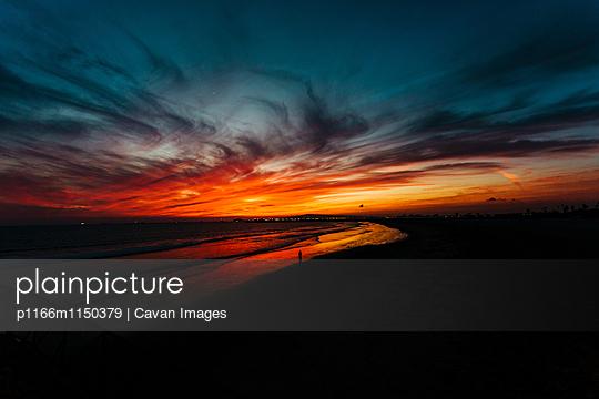 p1166m1150379 von Cavan Images