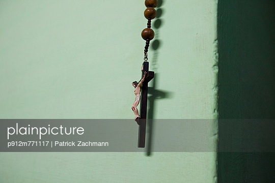 Necklace - p912m771117 by Patrick Zachmann