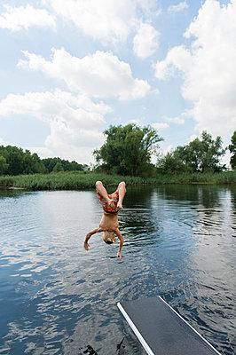 Sommerferien, Stolzenhagener See - p949m929310 von Frauke Schumann