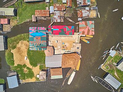 Benin, Ganvie, Aerial view of fishing village on LakeNokoue - p300m2160345 by Veam
