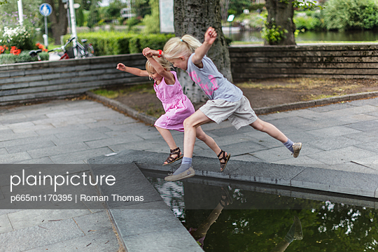 Jump - p665m1170395 by Roman Thomas