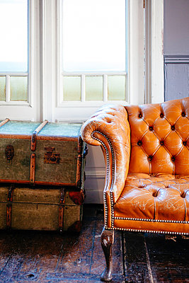 Sofa - p728m1030861 by Peter Nitsch