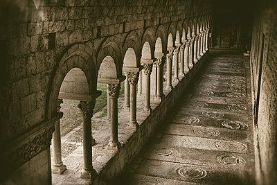 Gravestones. Romanesque cloister of Santa María de Girona Cathedral (started 14th century). Girona. Catalonia. Spain - p620m2237709 by M.A. Muñoz Pellicer