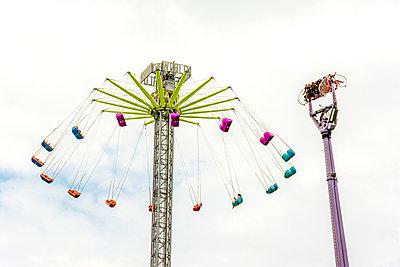 Swing carousel, Suisse - p813m1462116 by B.Jaubert