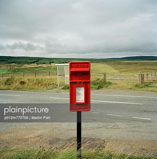 Scotland - p912m770706 by Martin Parr