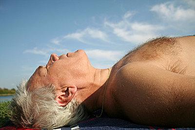 Sonnenbaden - p1620027 von Beate Bussenius