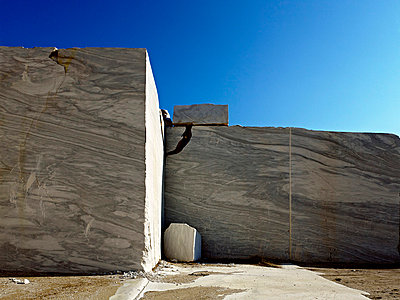 Huge veined marble blocks in Greek quarry - p280m719407 by victor s. brigola