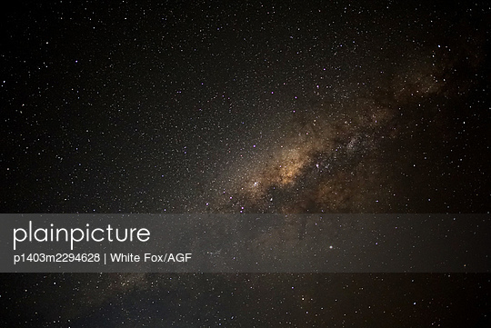 Milky way - p1403m2294628 by White Fox/AGF