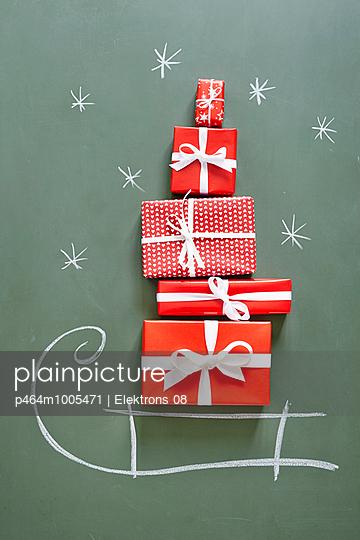Geschenke, Geschenke - p464m1005471 von Elektrons 08