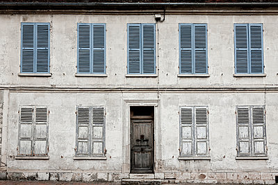 Old building - p248m933281 by BY