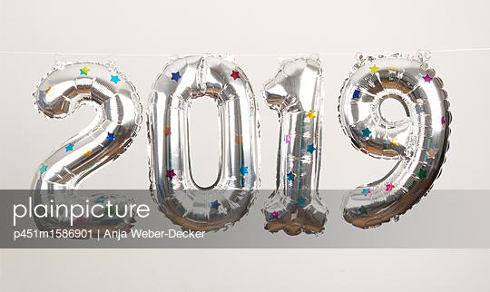 2019 - p451m1586901 von Anja Weber-Decker