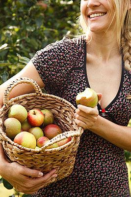 Freshly picked - p981m881584 by Franke + Mans