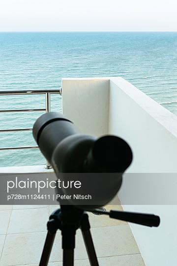 Meerblick - p728m1124411 von Peter Nitsch