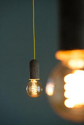 Glühbirnen - p608m1006809 von Jens Nieth