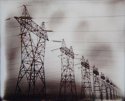Electric field - p1333m2148318 by Gérard Staron