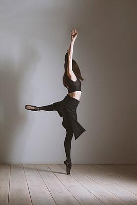 Tänzerin - p1338m1215688 von Birgit Kaulfuss