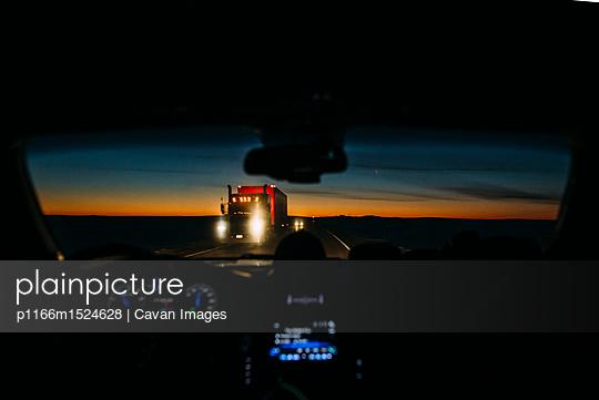 p1166m1524628 von Cavan Images