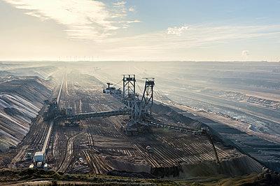 Germany, North Rhine-Westphalia, Grevenbroich, Garzweiler surface mine, Stacker - p300m977840f by Frank Röder