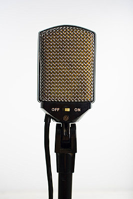 Old microphone - p4263581f by Tuomas Marttila