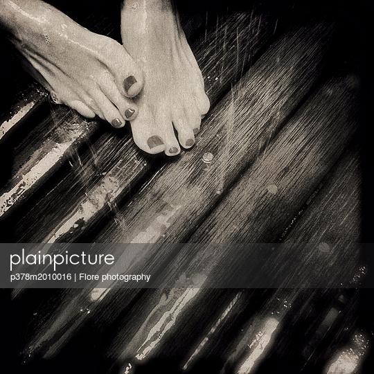 p378m2010016 von Flore photography
